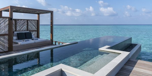 luxury villa by the white sandy water provided by alfaone luxury concierge services